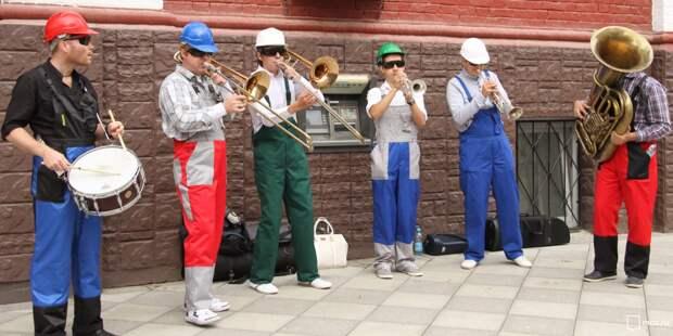 Уличные артисты выступят у станции «Владыкино»