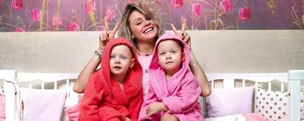 4-летней дочери ведущей Елены Сажиной сделали трепанацию черепа