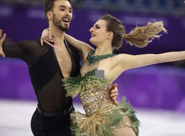 Курьезный случай на Олимпиаде: у французской фигуристки расстегнулась застежка на платье (ФОТО)