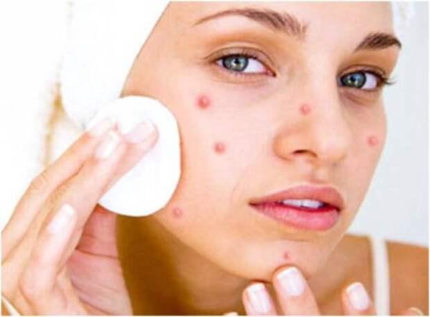 Все проблемы с кожей лица решит свежий помидор