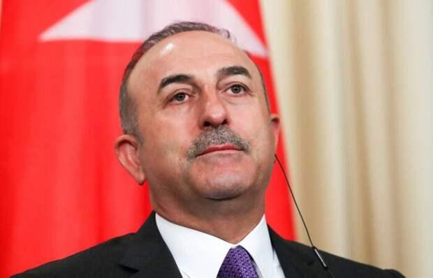 Глава МИД Турции потребовал от Франции отказа от поддержки Армении