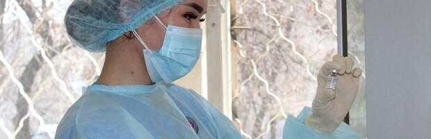 Казахстанцам отказали в просьбе давать оплачиваемый выходной после вакцинации