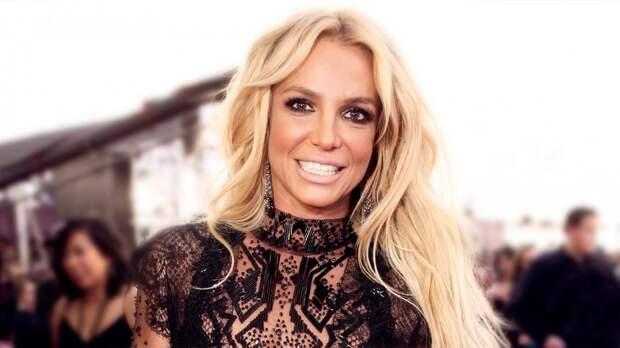 Певица Бритни Спирс заявила, что пробежала стометровку быстрее мирового рекорда
