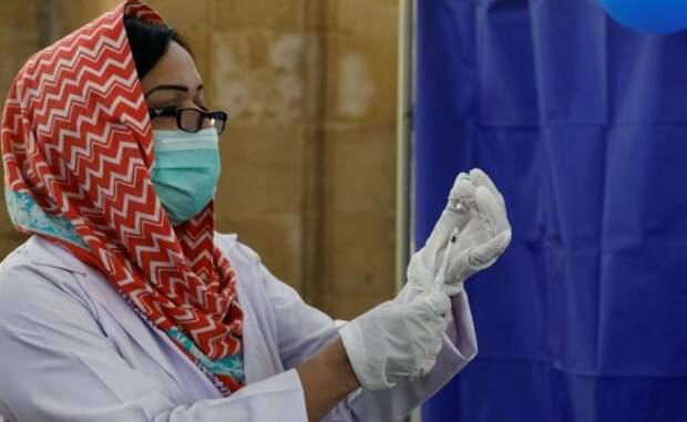 Бедный Пакистан «рискнёт» скоммерческой продажей вакцины «Спутник V»