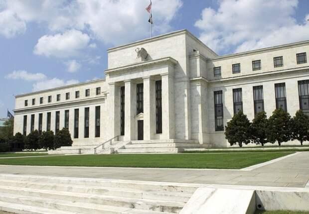 ФРС США приняла программу помощи экономике объемом 2,3 трлн долларов
