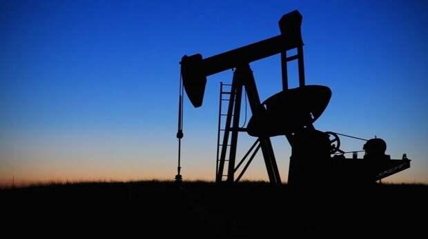 Кто меньше: еще три страны снизили отпускные цены на нефть