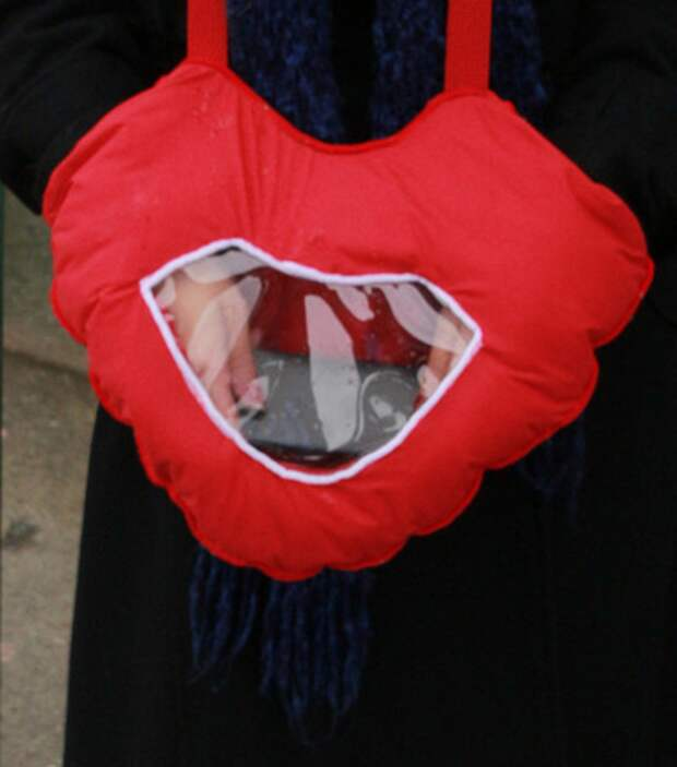 Муфта - сердце для айфона