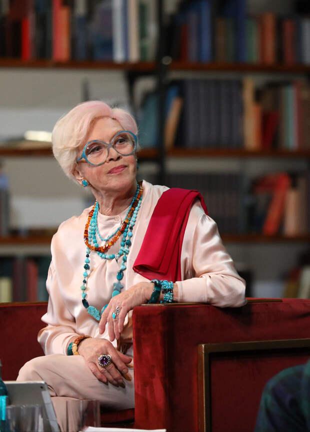 86-летняя Алиса Фрейндлих попала в больницу с коронавирусом