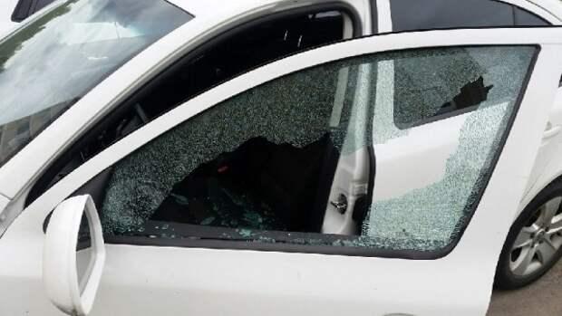 Феодосиец выместил зло на чужом автомобиле