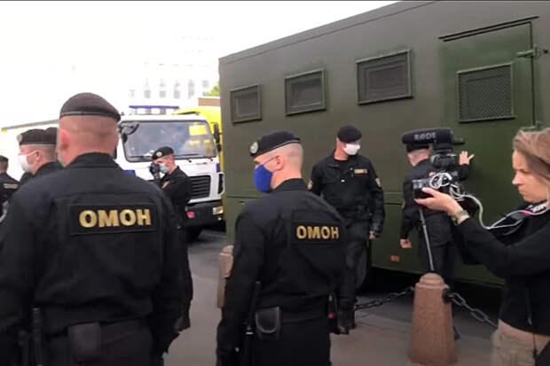 СМИ РФ сообщили о задержании сотрудников в Минске