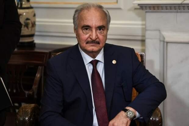 Глава ЛНА встретился с главой переходного Президентского совета Ливии