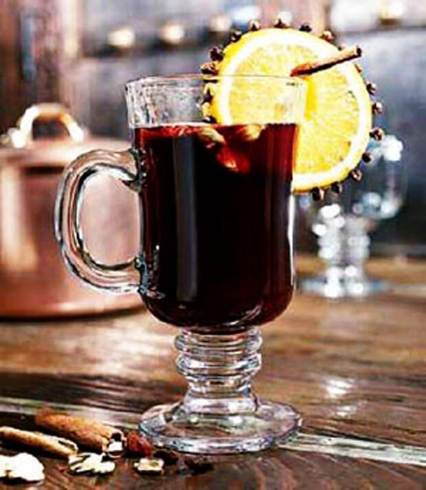 Чем согреться холодным вечером: самые популярные алкогольные напитки осени