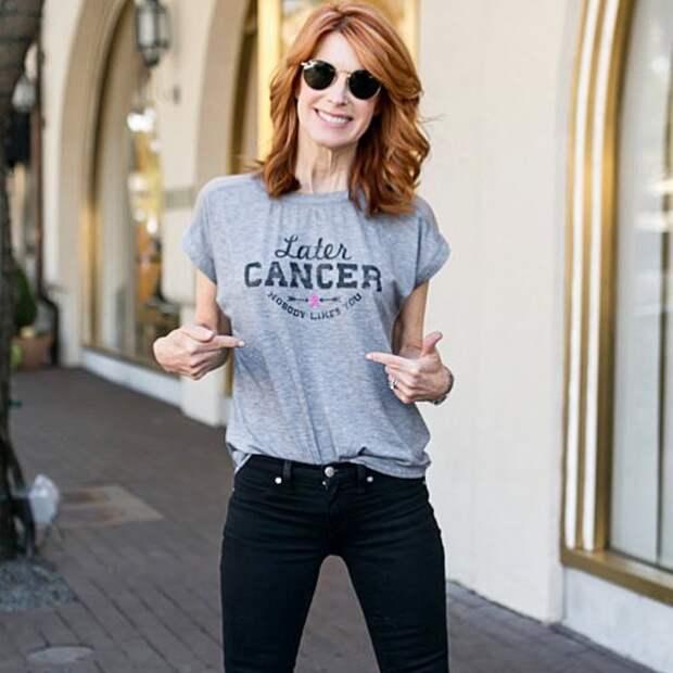 14 модных вариантов с чем носить футболку
