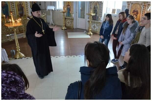 Российские ВУЗы оснастят домовыми церквями со священниками-просветителями