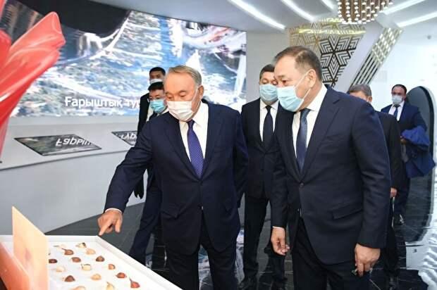 Уже через месяц после заражения Назарбаев приступил к личным встречам