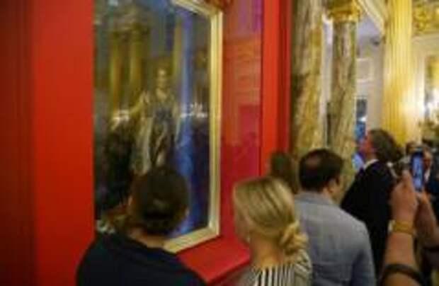 Уникальный портрет Екатерины II привезли из столицы Мальты в Москву