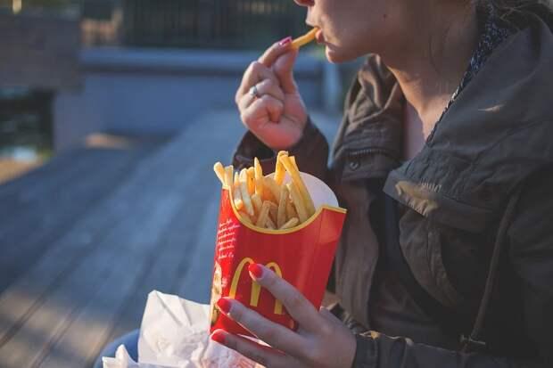 Стало известно, как бесплатно поесть в McDonald's