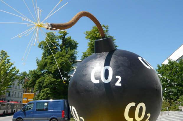 Нефтегаз заставят сократить выбросы при добыче и переработке