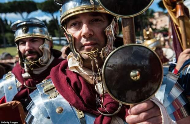 Празднование дня рождения Рима.
