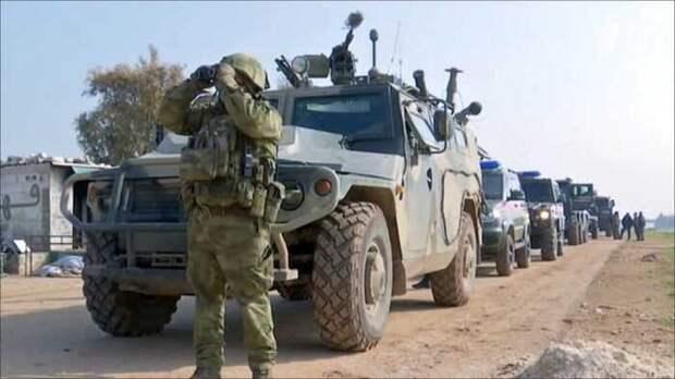 В Сирии на границе с Турцией военные России вырыли глубокий ров