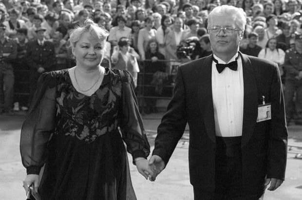 Предательство, шведская семья и другие факты о жизни Евгения Жарикова