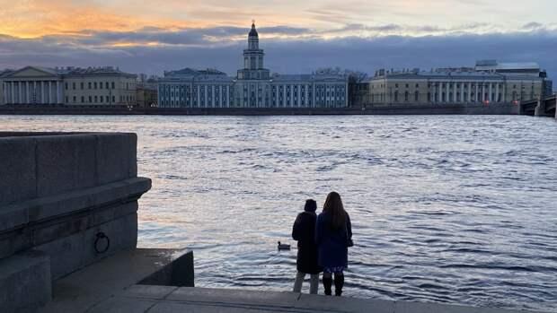 Длинные майские выходные могут стать причиной всплеска бронирований в Петербурге