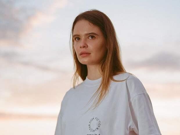 Входящая в Pussy Riot акционистка Никульшина покинула Россию