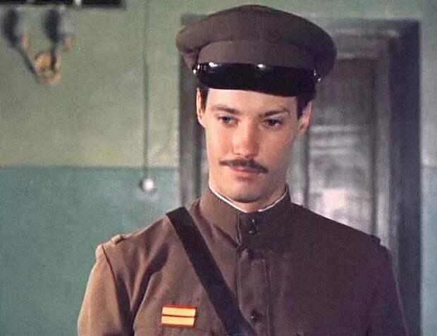 Как менялся Володя Шарапов, актер Владимир Конкин, с течением времени.