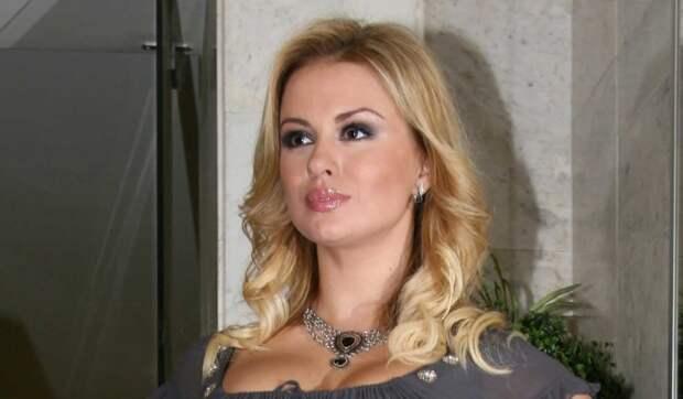 «Просыпалась среди ночи в холодном поту»: Семенович заговорила об утратах