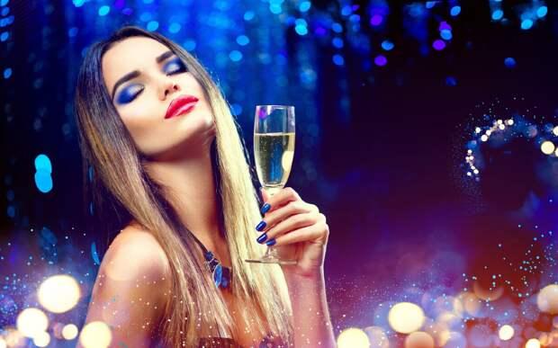 Ароматы для создания новогоднего настроения: цитрусы, ваниль, хвоя и шампанское!