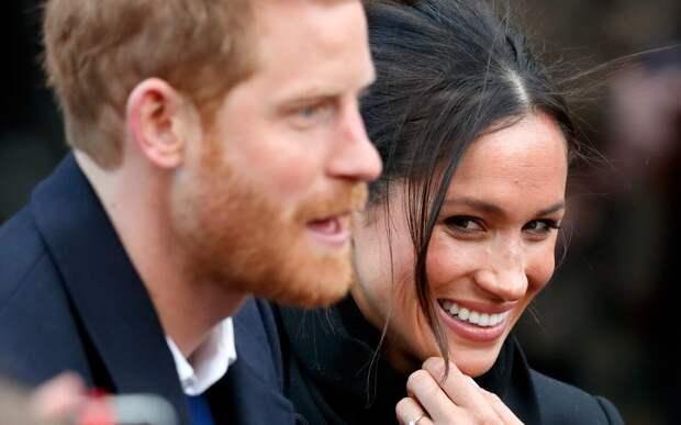 Британцы ожидают чрезмерной реакции Меган Маркл на задержку принца Гарри в Лондоне