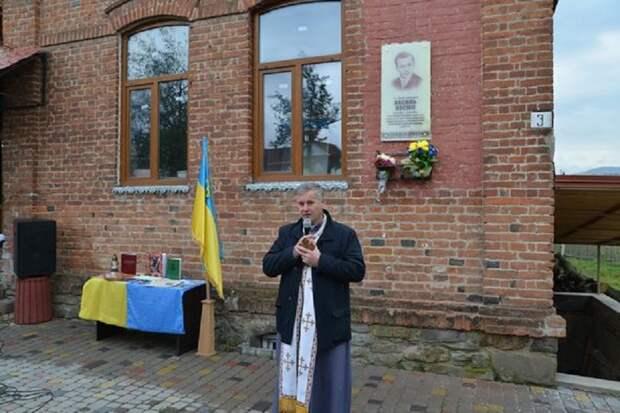Ветеранам ОУН-УПА 2,6 млн гривен, ветеранам Красной Армии – 0