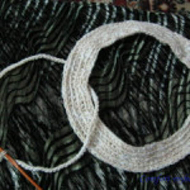 Оригинальный вязаный коврик (1)