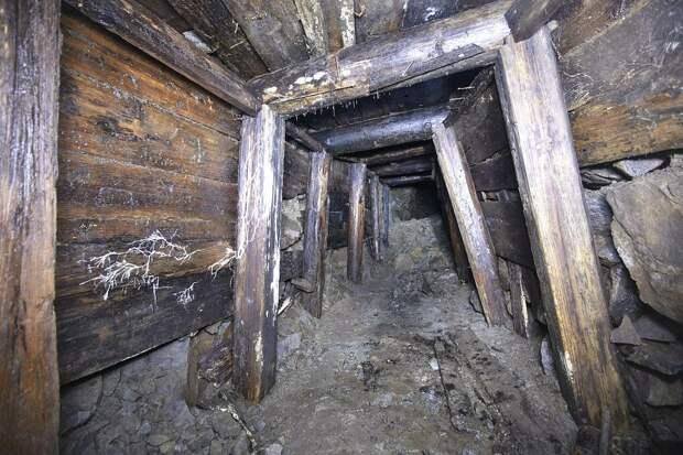 Подземные ходы на острове Матуа