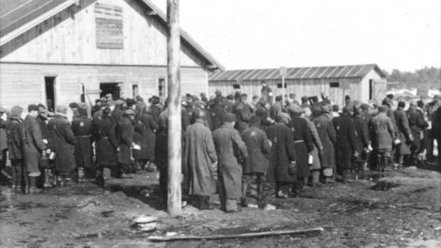 Равнение на геноцид, концлагеря и террор: американский образец для российских иноагентов
