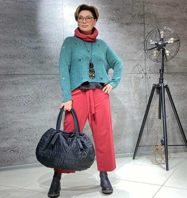 Быть стильной можно в любом возрасте: 10 ярких примеров в стиле кэжуал