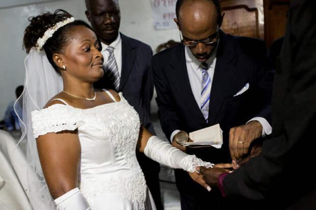 Блеск инищета гаитянских свадеб