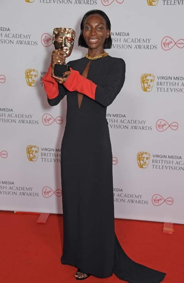 Хелена Бонэм Картер, Джоди Комер, Эйми Лу Вуд и другие на премии BAFTA-2021