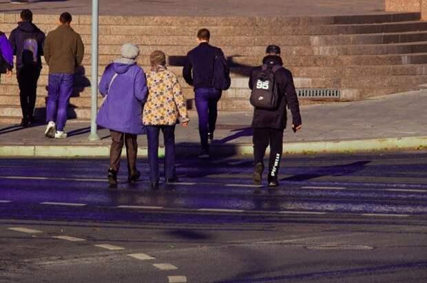 Как привлечь к ответственности водителя, обрызгавшего пешехода из лужи?