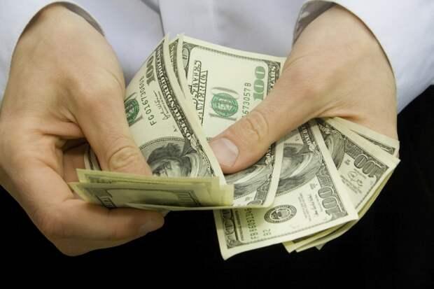 Деньги являются переносчиками вредоносных сикроорганизмов