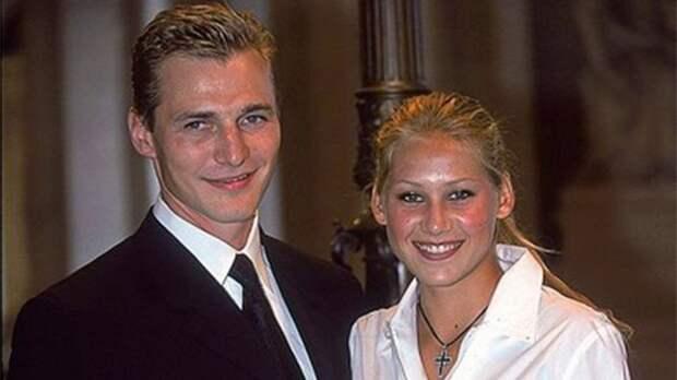Тайная свадьба теннисистки Курниковой и хоккеиста Федорова. Сняли ЗАГС на весь день и остались без медового месяца