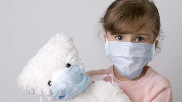 Специалисты рассказали, какие признаки имеет коронавирус у детей