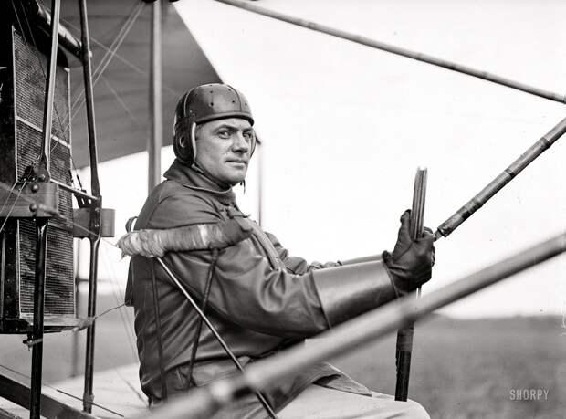 Самолеты и пилоты начала 20-го века на снимках американских фотографов (7)