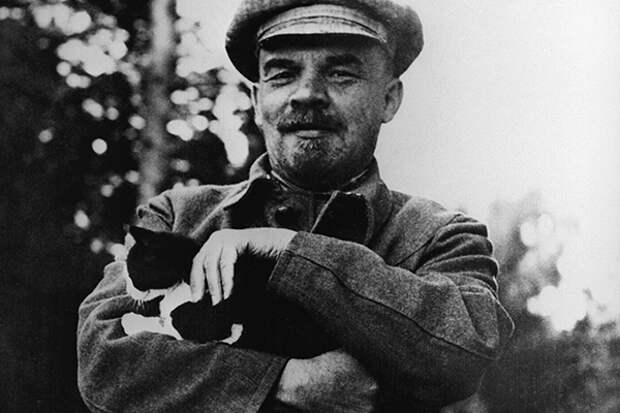 Владимир Ильич Ленин в Горках, начало сентября 1922 года