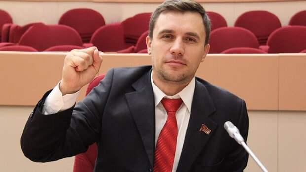 Рашкин сообщил о задержании в Саратовской области депутата от КПРФ Николая Бондаренко