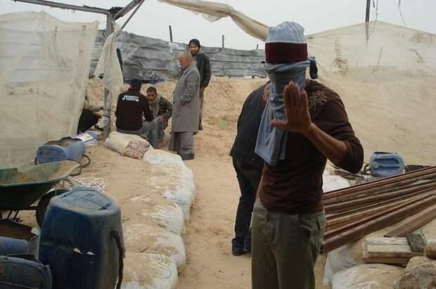 Палестинские радикалы заявили об обстреле армейского джипа