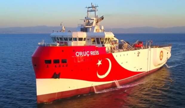 Турецкое исследовательское судно возвращается вспорный район Средиземноморья