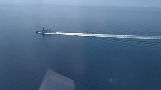 Минобороны РФ опубликовало видео инцидента с эсминцем ВМС Британии в Черном море