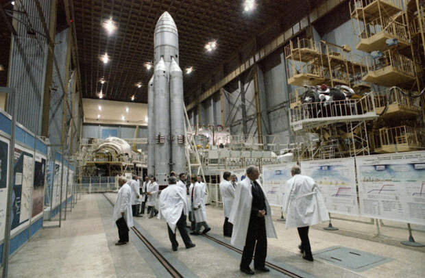 Россия и США начинают новый этап борьбы за космос