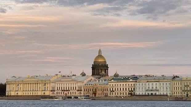 Теплая и сухая погода ожидается в Петербурге 13 мая